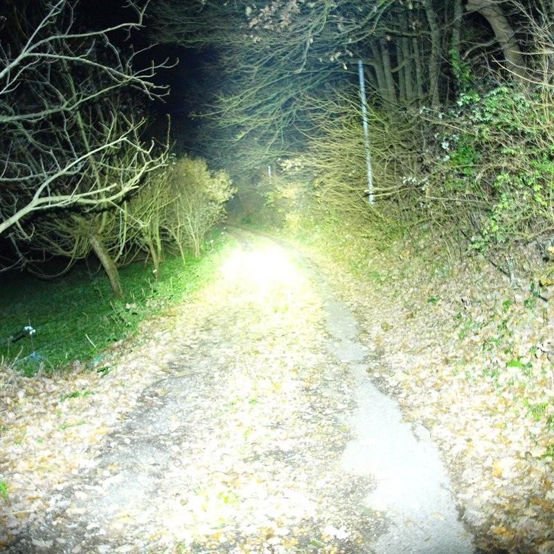 Lampe Torche Led Tres Puissante 3600 Lumens